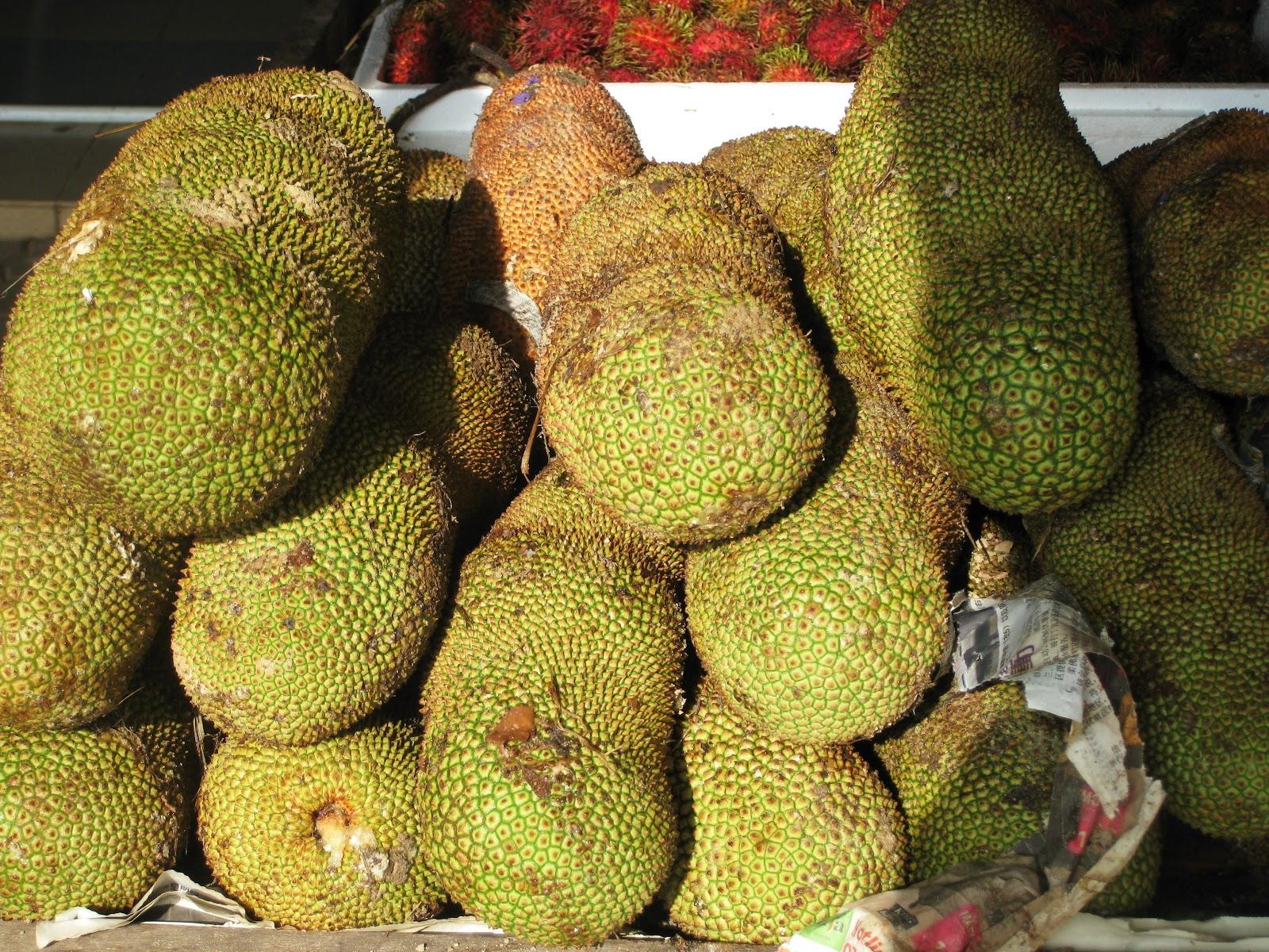 The Global Gamine: Durian Tasting