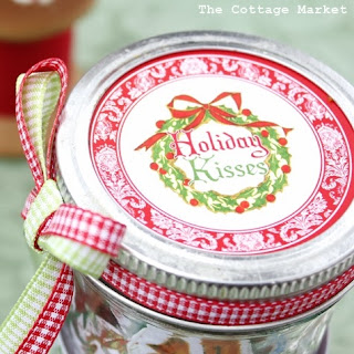 http://thegraphicsfairy.com/printable-candy-jar-labels-holidays/