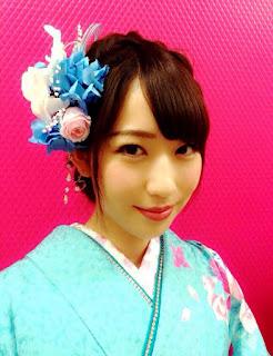 プリザーブド髪飾り胡蝶蘭とブルーアジサイ