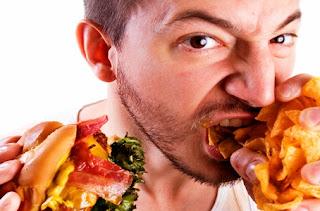 8 makanan yang harus anda hindari saat perut kosong