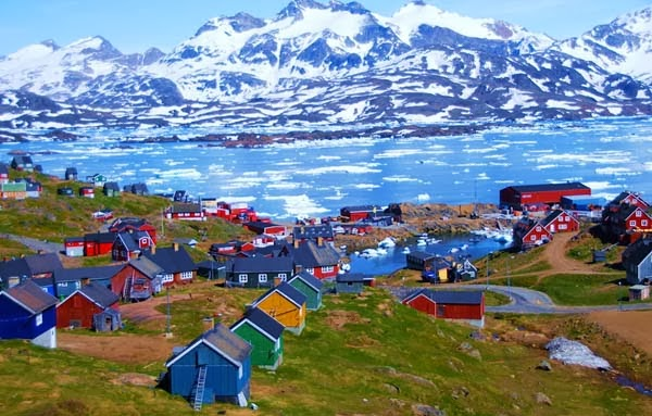 4.) Tasiilaq, Greenland - Welcome To The 19 Most Charming Places On Earth. They're Too Perfect To Be Real.