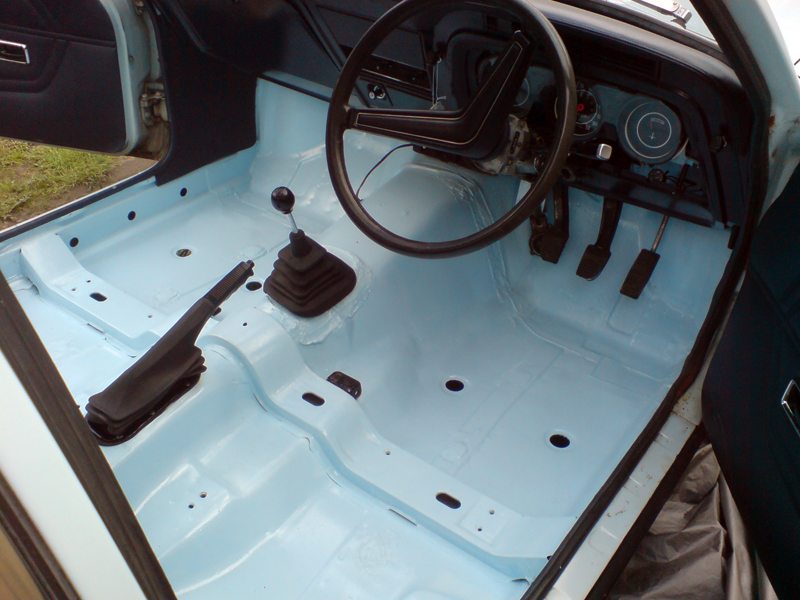 Bermuda Blue Cortina Floors Cortina Mk3 Tombstone Seats