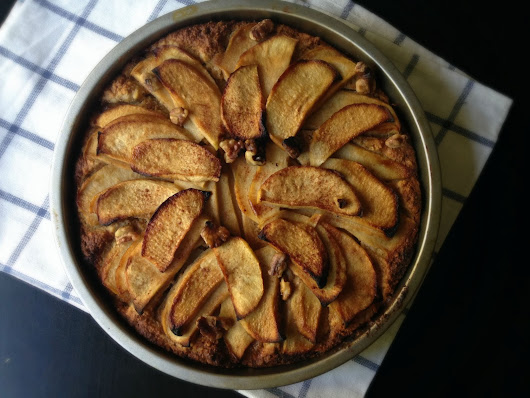 Almond Apple Breakfast Cake