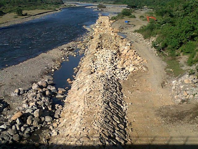 Amankan Irigasi Intake, BNPB Bangun Tanggul Rp4,5 M di Abdya