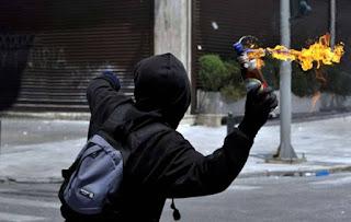 Ρουβίκωνας: Η πολιτοφυλακή του ΣΥΡΙΖΑ και του Τόσκα