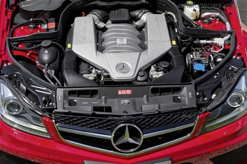 صور سيارة مرسيدس بنز C63 AMG كوبيه الأسود سيريس 2015 - اجمل خلفيات صور عربية مرسيدس بنز سيريس 2015 - Mercedes-Benz C63 AMG Coupe Black Series Photos Mercedes-Benz_C63_AMG_Coupe_Black_Series_2012_800x600_wallpaper_20.jpg