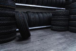 Los neumáticos clase 'F' en stock, fabricados antes de noviembre, podrán venderse hasta 2021