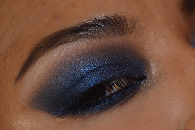 camden town, neve cosmetics, trucco per more, look per occhi scuri, blu colore tendenza 2018, makeup trend 2018