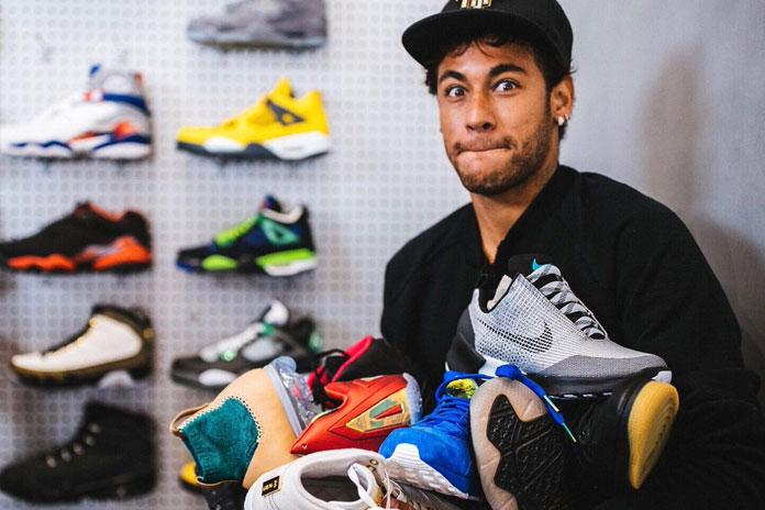 Neymar Pamer Foto Sepatu Baru Dari Nike
