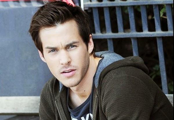 Chris Wood Vampire Diaries