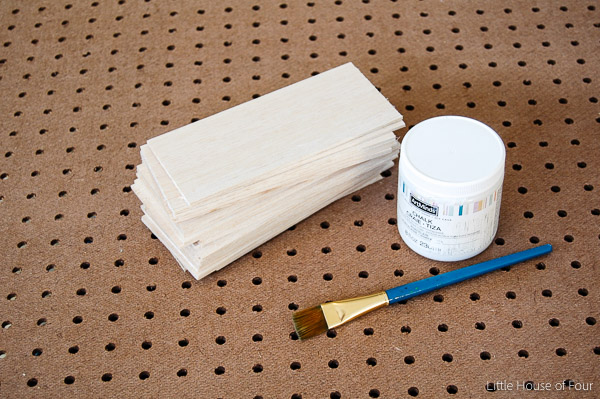 Paint wood pieces with white chalk paint