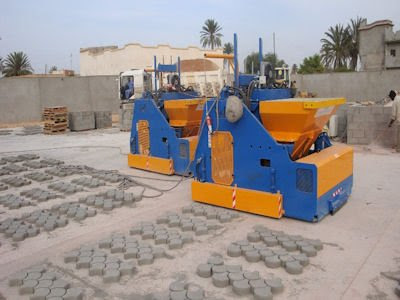 Mobile type block making machine from Italy