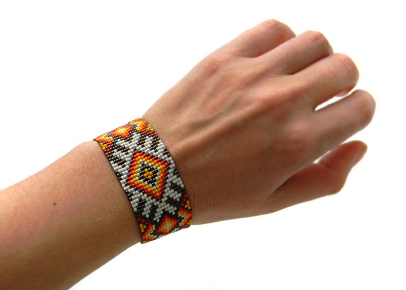 Приобрести широкий женский браслет на руку Бижутерия в языческом славянском стиле
