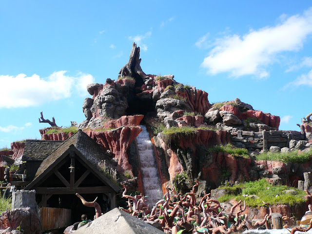 Splash Mountain At Magic Kingdom, Disney World, Orlando