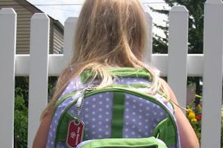 Beragam Perlengkapan Sekolah Anak dan Tips Membelinya