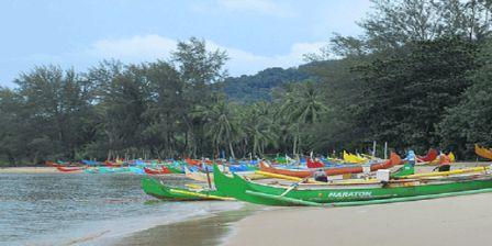 Fasilitas di Objek Wisata Burung Mandi Belitung Timur