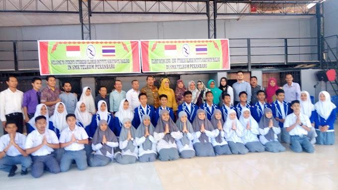 SMK Telkom Pekanbaru Terima Kunjungan Studen Attarkiah Islamiah Institute Naratiwath Thailand