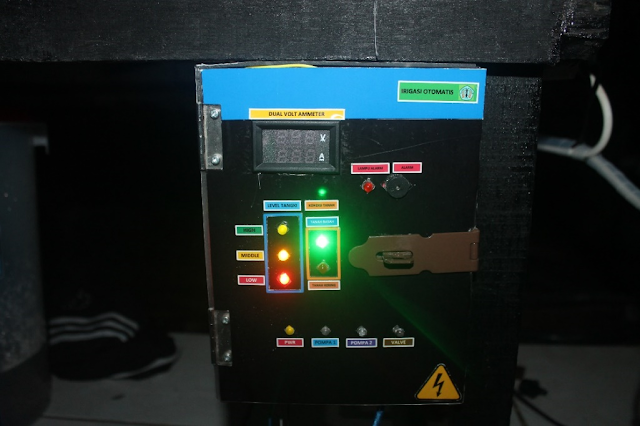 Gambar 4 17 Posisi otomatis -Indikator Pompa 1, pompa 2, dan Valve Off Pada Panel