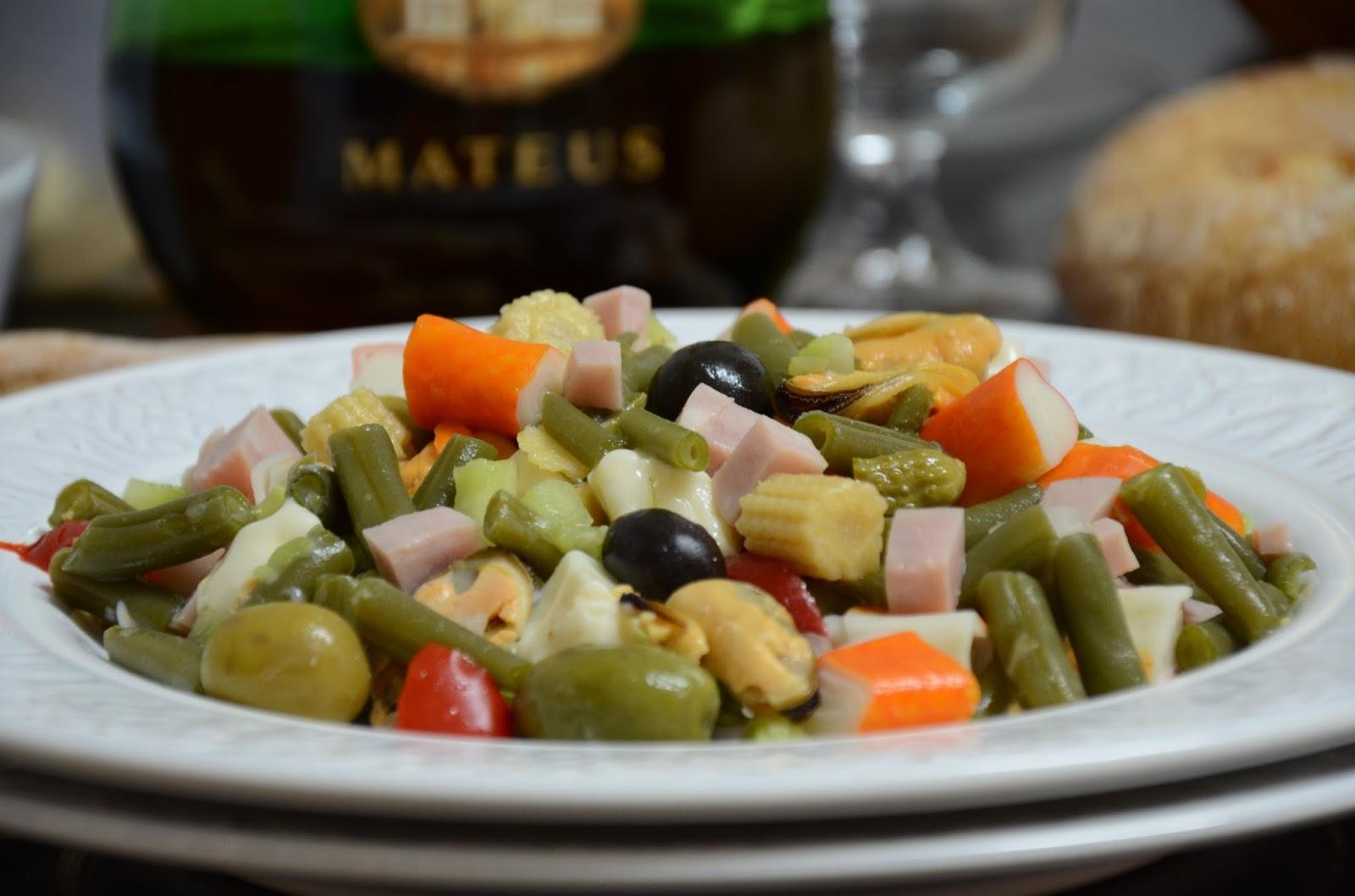 La cocina de puri pastor ensalada de judias verdes y marisco - Como preparar las judias verdes ...