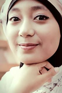 pakaian islami wanita dan laki-laki,