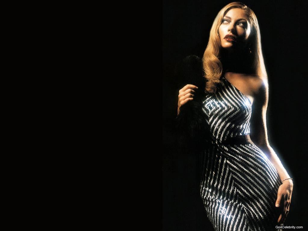 Hazard Wallpaper Hd Rebecca Gayheart Usa Hot And Beautiful Women Of The World