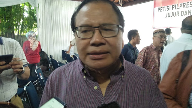Di Hadapan Purn TNI-Polri, RR Ingatkan Kubu Jokowi Tak Pancing Gerakan People Power