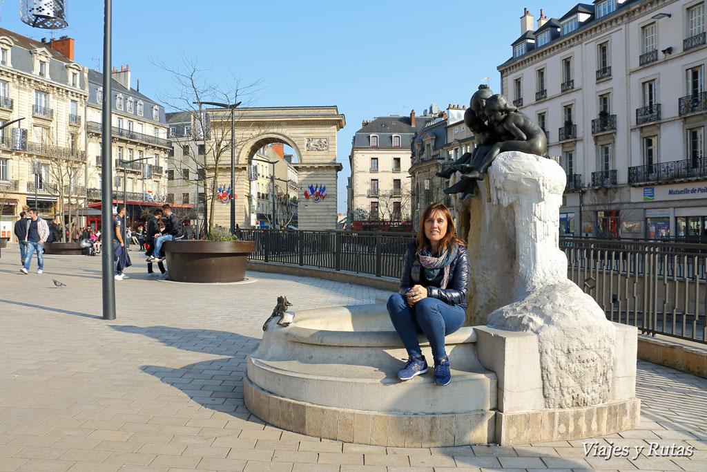 Place Darcy y arco de triunfo de Dijon