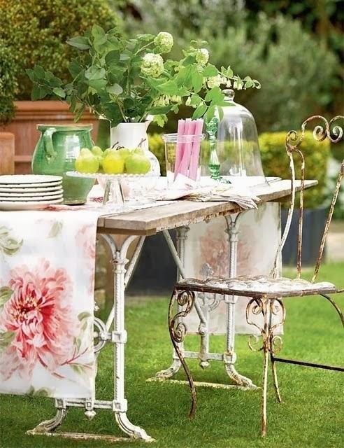 Basi In Ferro Per Tavoli Da Giardino.Il Giardino Del Brocante Tavoli Francesi Vintage