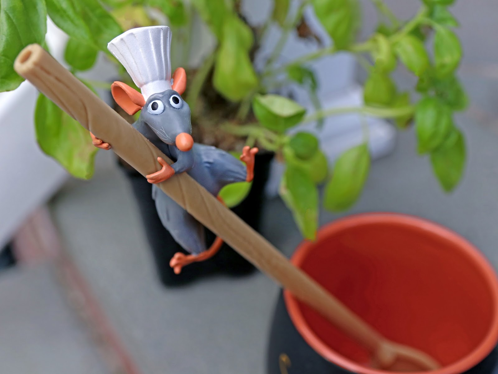 disneyland pixar fest ratatouille spoon straw