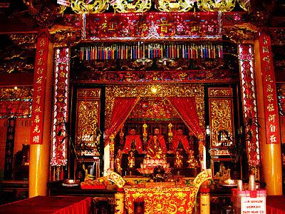 akcayatour, Travel Malang Semarang, Kuil Sam Poo Kong, Travel Semarang Malang