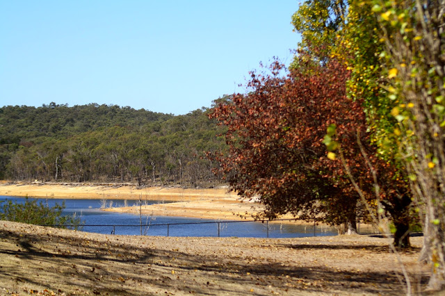 Sugarloaf Reservoir, Christmas Hills