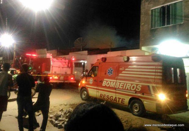 Incêndio atinge residência no Loteamento São Miguel em Santa Cruz do Capibaribe