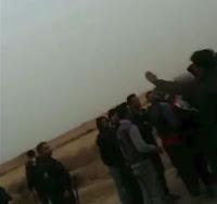 جوانان جویای کار منطقه غجریه در اهواز بامأموران سرکوبگر انتظامی درگیر شدند: