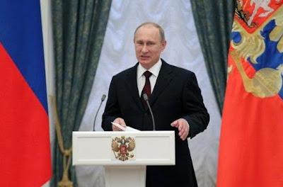 Vladimir Putin prohíbe las malas palabras en televisión y libros