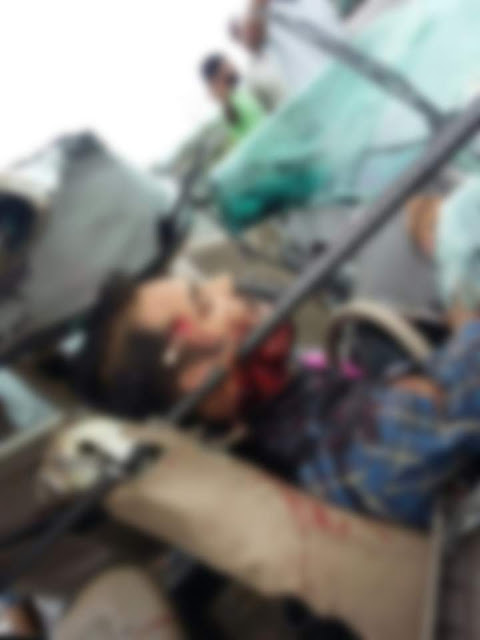 An horrifying accident in Panipat took two lives once again highlighting the poor road safety standards in the country.   A car carrying five individuals rammed into truck carrying iron rods, from behind.  Jatin Gambir (25), who was driving the car, and Kirti (15), a passenger in the front seat, died after the rods pierced into their bodies.