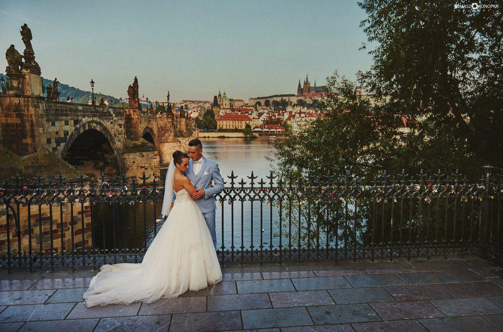 tomasz konopka praga sesja ślubna