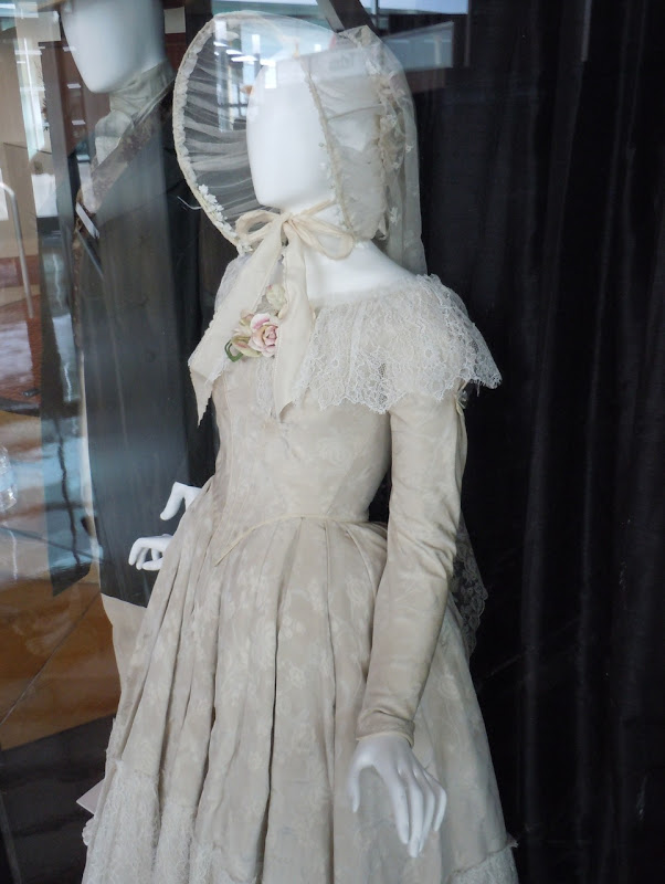 Wedding dress Jane Eyre movie