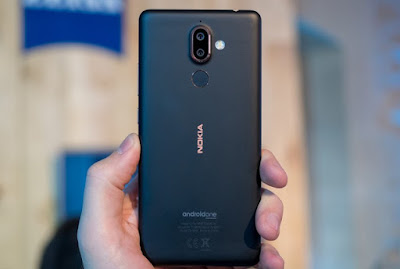 Nokia 7 plus two back cameras