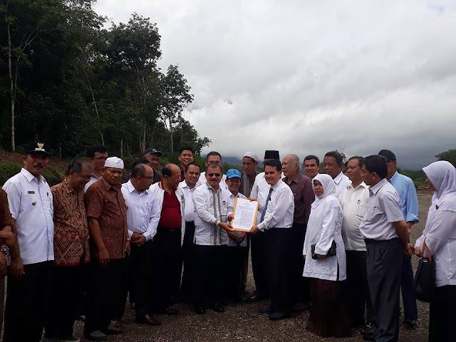 Terima SK Bupati, UIN Imambonjol Akan Bangun 2 Fakultas di Tarok City