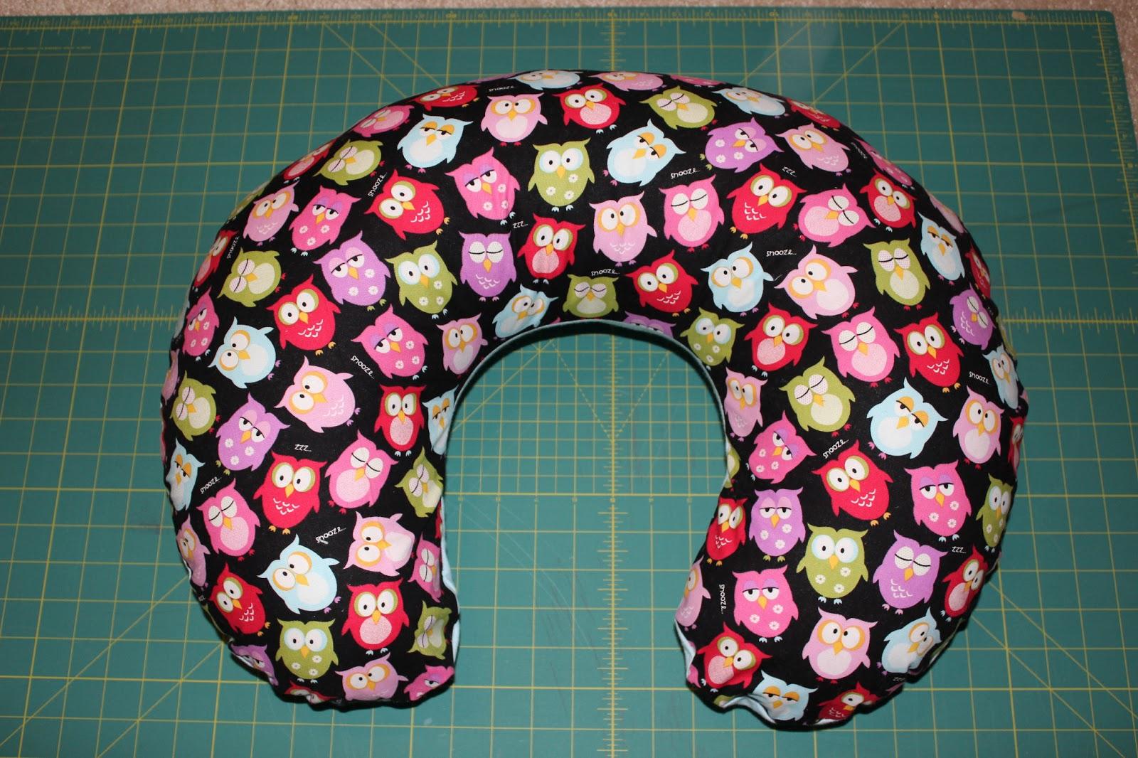Little Blip Boppy Pillow Cover