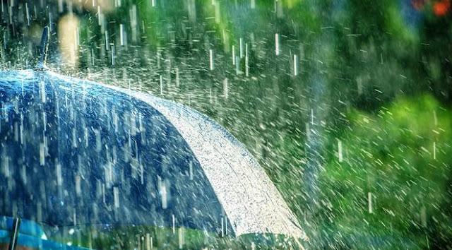 8 Manfaat Air Hujan Bagi Bumi dan Mahluk Hidup, sudah tahu?