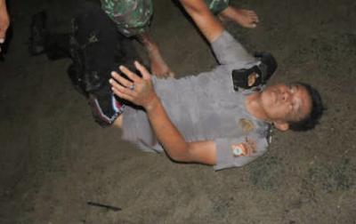 Polisi Selingkuh dengan Istri TNI, Bonyok Sebelum Tiba di Kantor Polisi