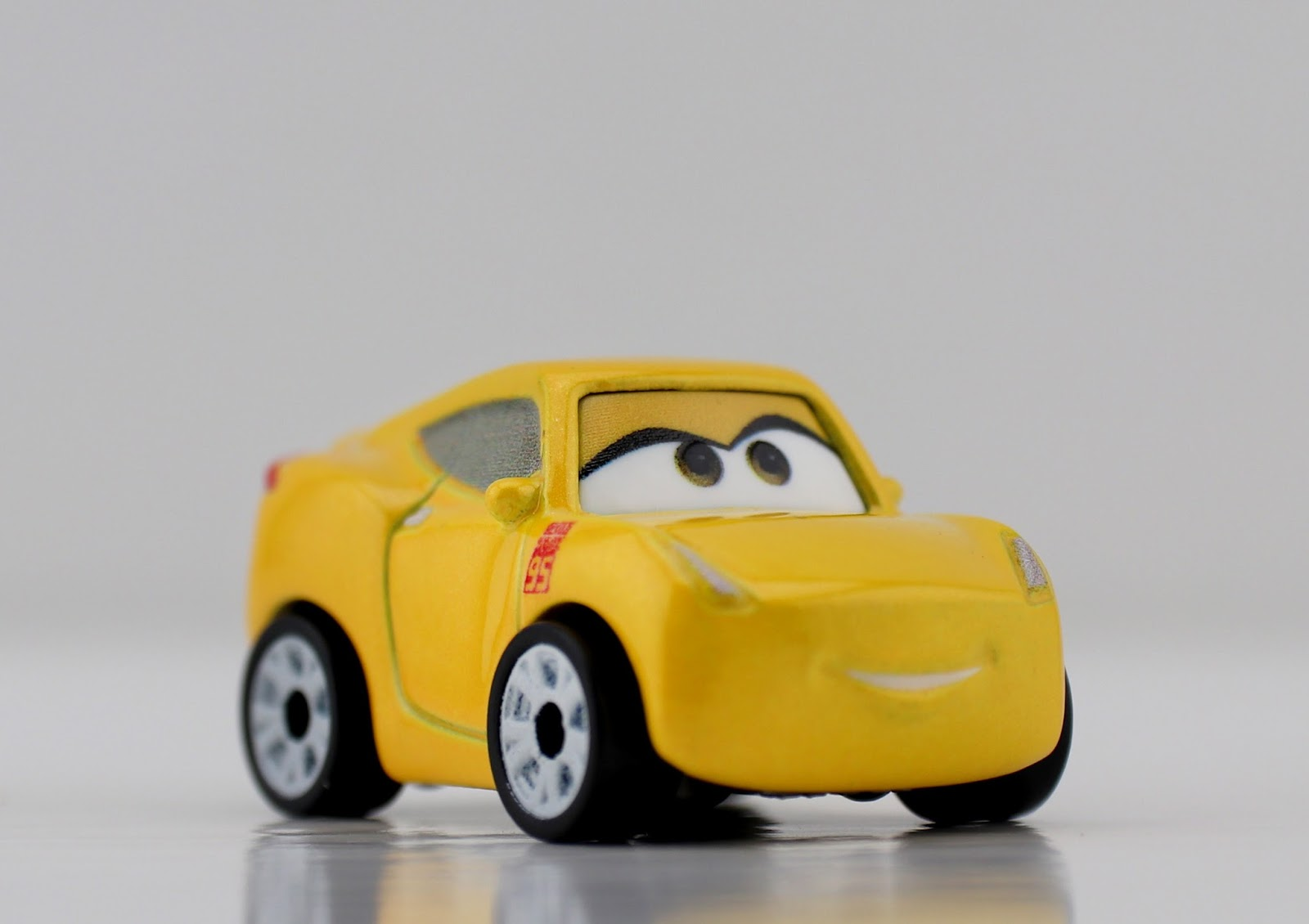 cars 3 mattel mini racers blind bags guide cruz ramirez