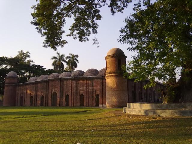 Shait Gombuz Masjid