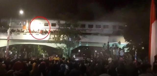 3 Tewas Saat Nonton Surabaya Membara, PT KAI Bilang Begini