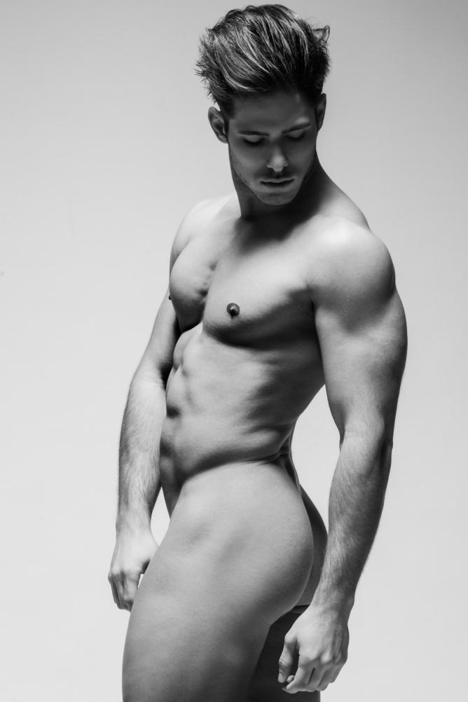 Sexy Model Naked Guy