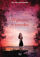 http://ksiazkomania-recenzje.blogspot.com/2015/08/wybrana-o-zmroku-c-c-hunter.html