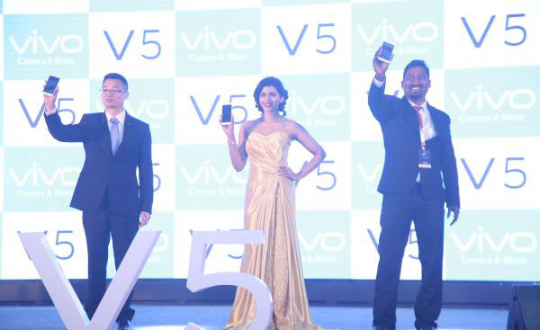 Dhansika in Designer Gown at Launched Vivo Global V5 Smart Phone