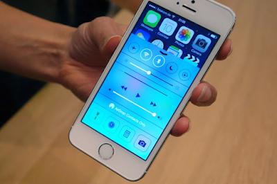 mua iPhone 5s lock không