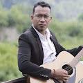 Lirik Lagu Andra Respati - Hilang Adiak Hilang Budayo